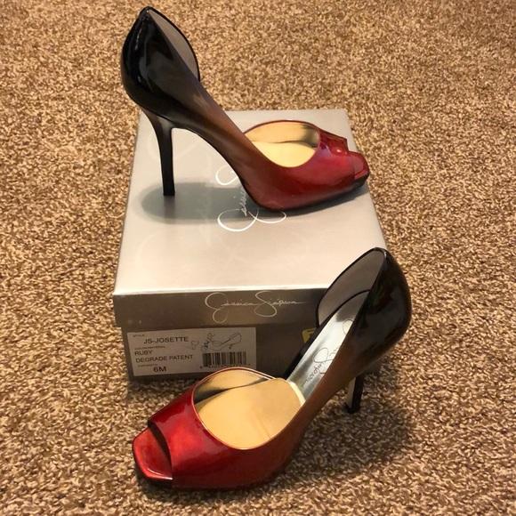 762d89fa022 Jessica Simpson Shoes - Jessica Simpson red and black ombré open toe pumps